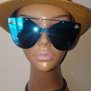 Women's Sunglasses!!
